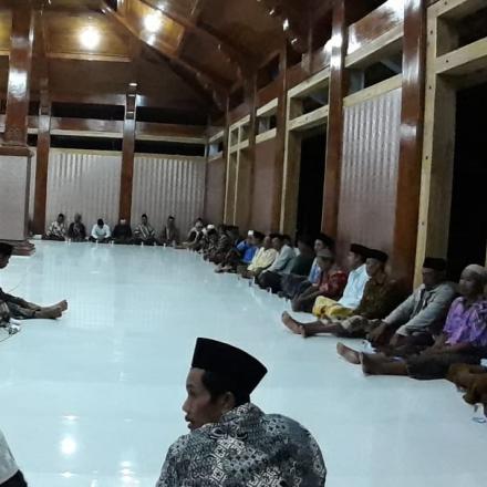 Masyarakat Desa Binangun Gelar Doa Bersama 40 Hari Wafatnya Mbah Moen