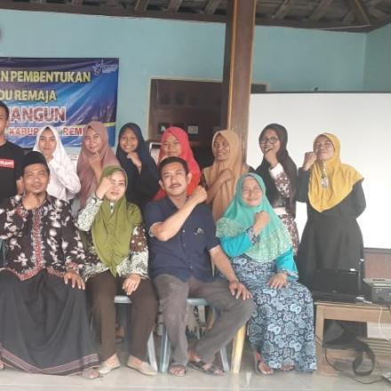 Sosialisasi dan Pembentukan Posyandu Remaja Desa Binangun